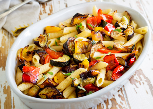 When veg is roasted is becomes sweeter and more intense. So thisMediterranean Pasta with Roasted Vegetables is packed with flavor. What is more it is bright and beautiful and perfect for the whole family. From Easy Pasta Sauces