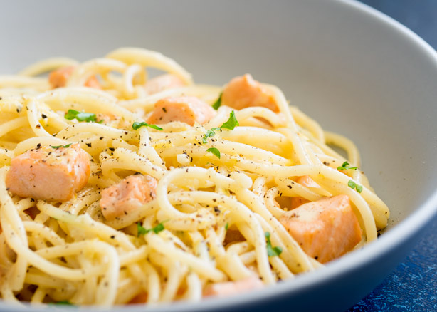 Creamy-Lemon-and-Salmon-PastaFEATURE